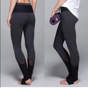 Lululemon Devi Yoga Pant, Size 10